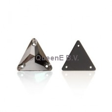 Lumie Triangle Jet Hematite 16x16