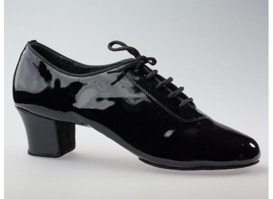 Aida latin model 131 zwart lakleer 4,5 cm hak