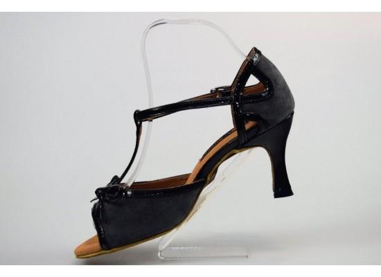 QueenExclusive Salsa en Latin Dansschoen grijs suede met zwart lakleer 6.5 cm flare hak