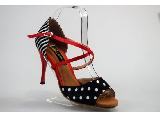 QueenExclusive Salsa en Latin Dansschoen rood met zwart-wit 9 cm slim hak