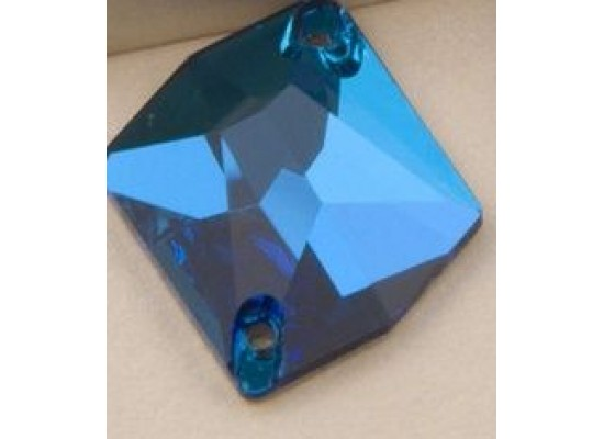 QG Cosmic Blue Zircon 14x17